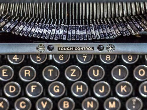 typewriter keyboard alphabet