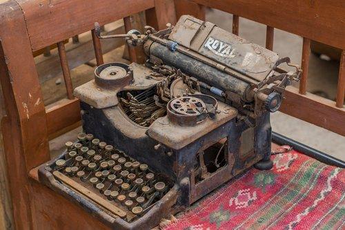 typewriter  old  dust