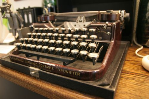 typewriter historically keys