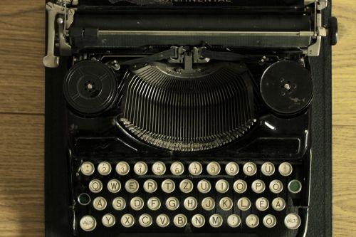 typewriter writer vintage