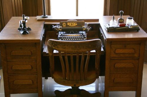typewriter desk typewriter vintage