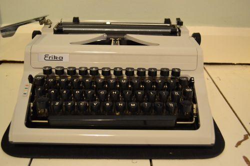 typewriter old school vintage