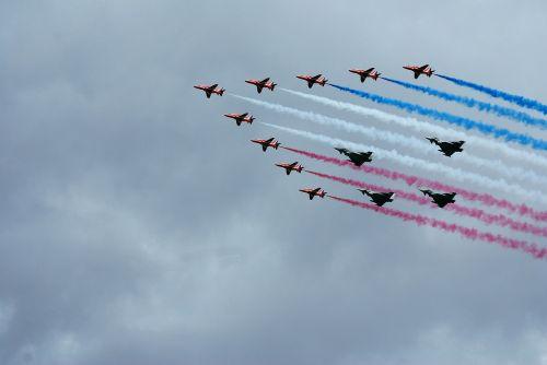 typhoons red arrows aerobatics