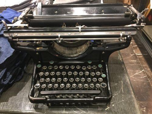 typo typewriter typography
