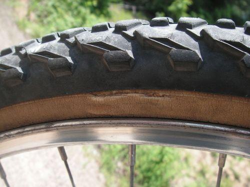 tyre repair damage