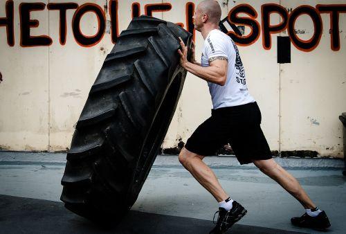 tyre flipping hardcore training crossfit