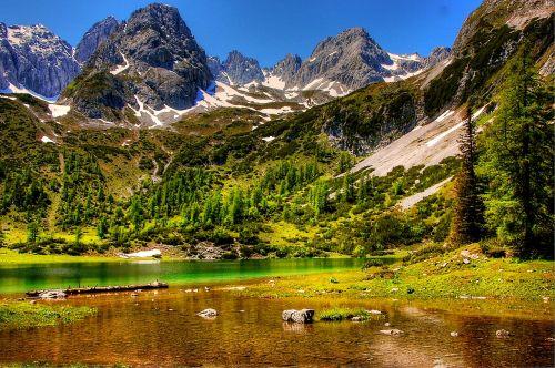 tyrol alpine mountains