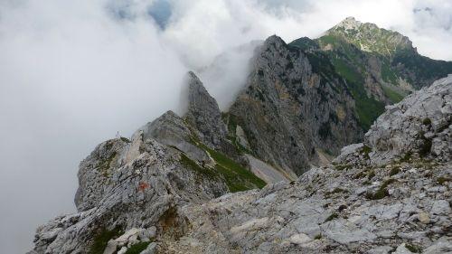 tyrol tannheimertal friedberg's climbing rope