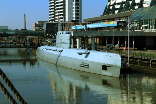u boat water ship