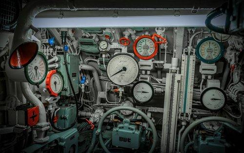 u boat  depth gauge  valves