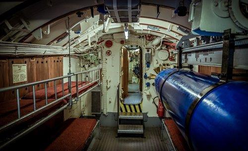 u boat  interior  concerns
