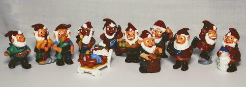 überraschungseifiguren toys children