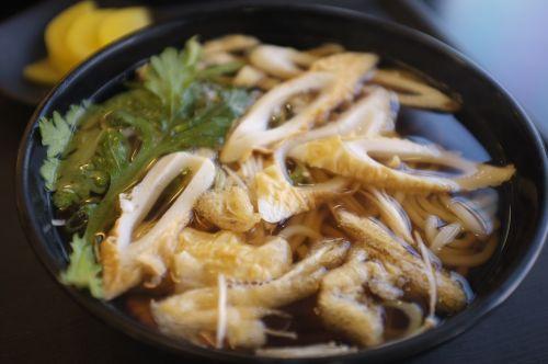 udon noodles fishcake warmth