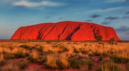 uluru australia monolith