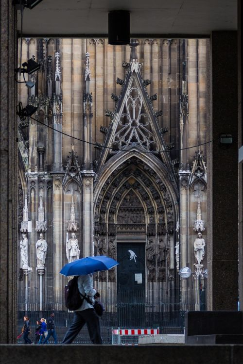 umbrella rain church