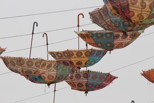 umbrella  traditional  culture