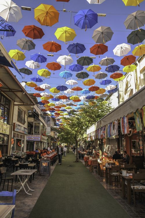 umbrella street antalya