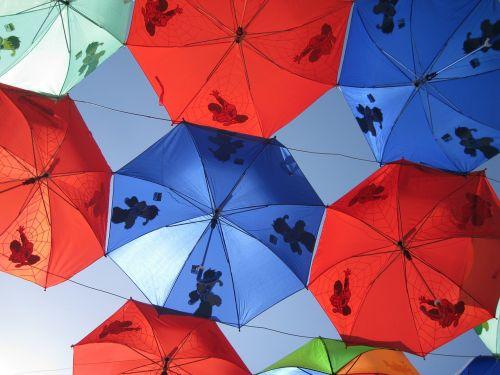 umbrellas red blue