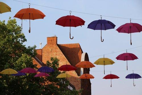 umbrellas  screens  artwork
