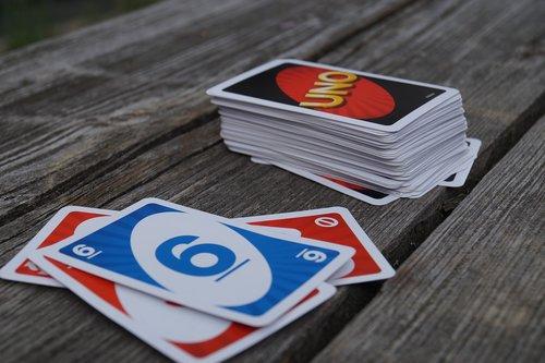 un  playing cards  gesellschaftsspiel