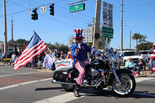 uncle sam volunteers parade
