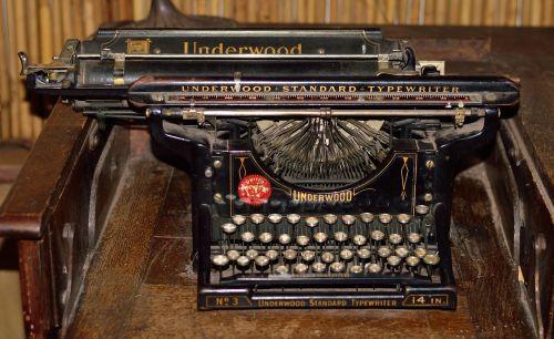 underwood typewriter office