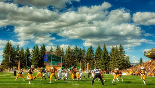 university of wyoming  america  football