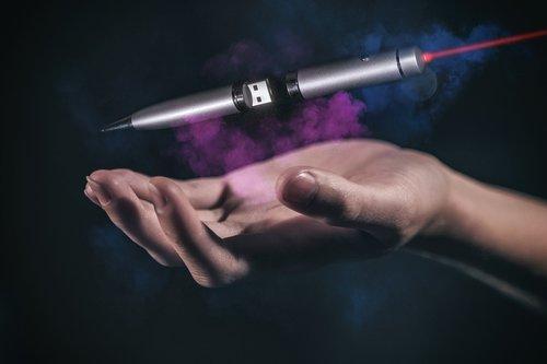 usb  flash-drive  ballpoint pen