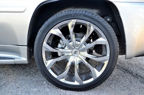 used pre-owned cadillac escalade