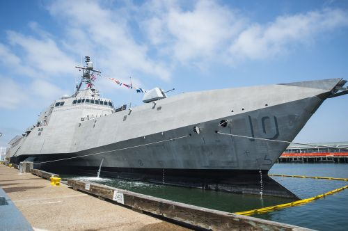 uss gabrielle giffords lcs 10 usn united states navy