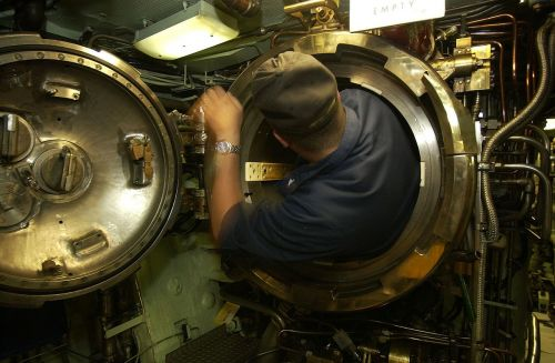 uss portsmouth submarine interior