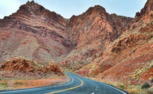 Utah,usa,gatves,kalnai,greitkelis