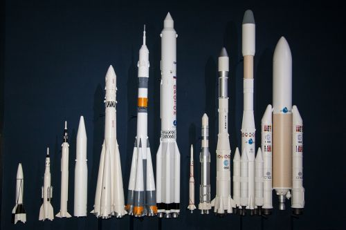 v2 rocket ariane 5 launcher rockets in the size comparison