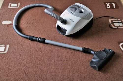 vacuum cleaner suck carpet