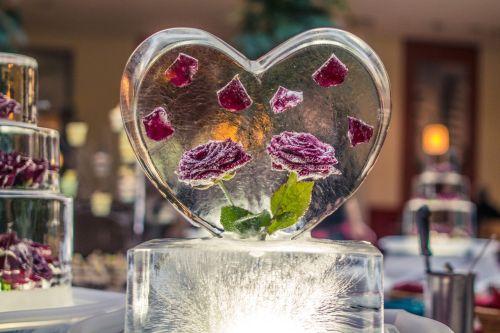 valentine heart ice
