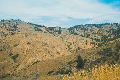 valley,mountains landscape,nature,landscape,mountain landscape,scenery,travel,tourism,outdoor,sunny,nature landscape,hill,highlands,range,hiking,scenic,tranquil