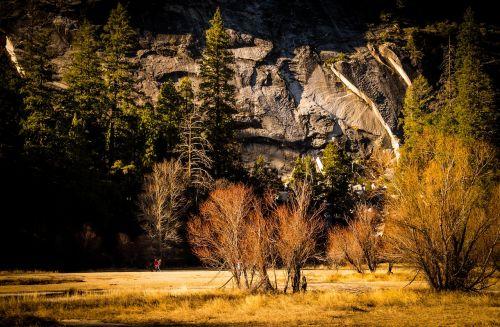 valley mountains yosemite