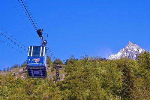 valley  valle d'aosta  aosta