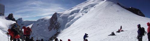 vallot shelter mont blanc altitude