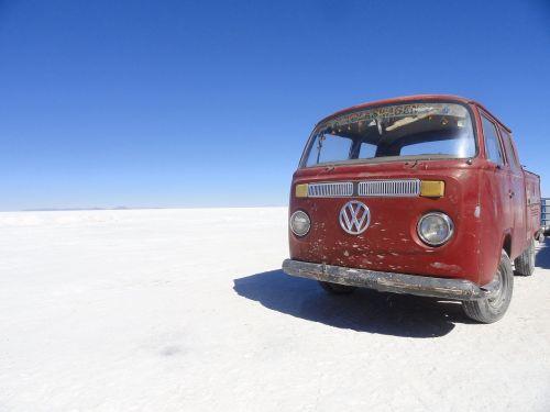 van travel salt flats