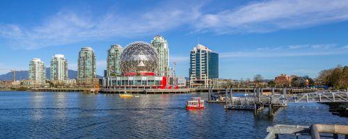 Vankuveris,Britų Kolumbija,Kanada,kraštovaizdis,vasara,dangus,lauke,panorama,sportininkų kaimas,klaidingas upelis,įėjimas,gyvenimo būdas,vandens autobusas,mokslo pasaulis,miesto panorama,architektūra,pastatas,panorama,didmiestis,vanduo,miesto panorama