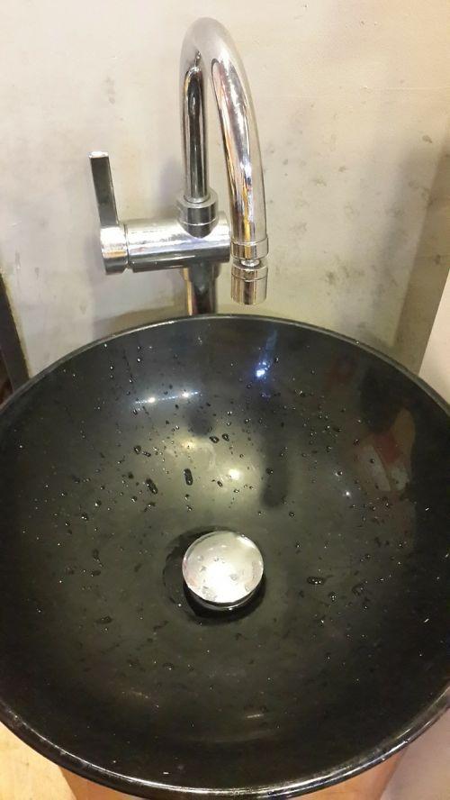 vanity washbasin sink