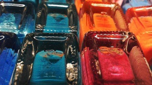varnish  nail polish  varnishes