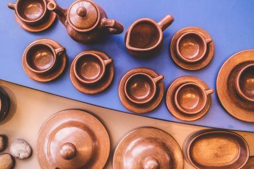 vase museum clay