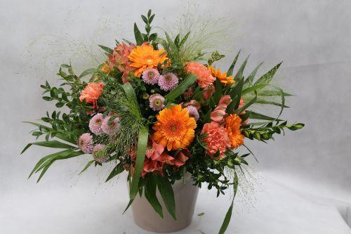 vase flowers bouquet