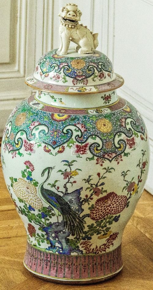 vazos,Povas liūtas,kiniška vazos,verziehrung