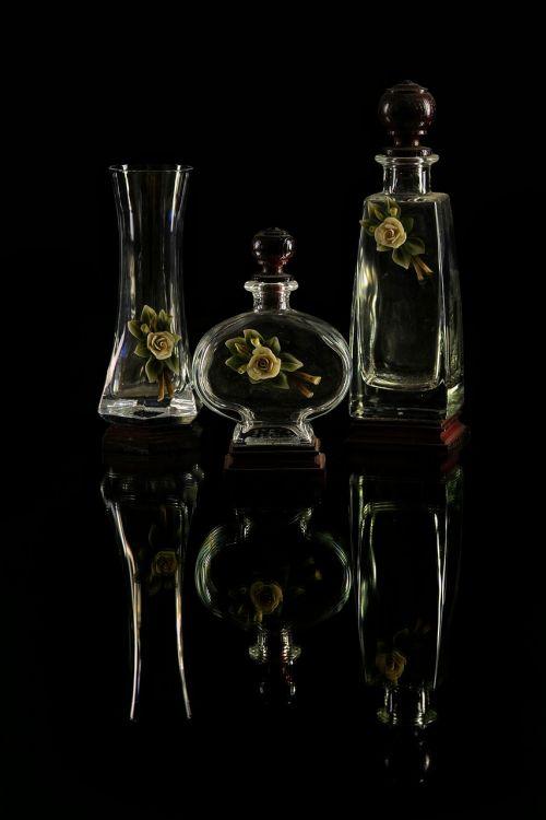 vases glass essences