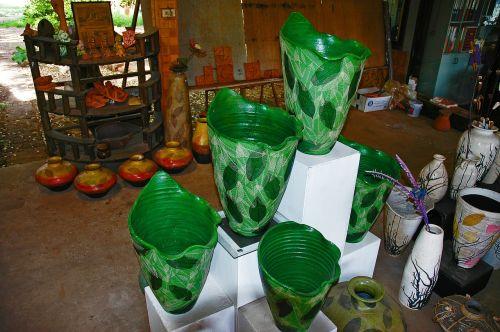 vases green thailand