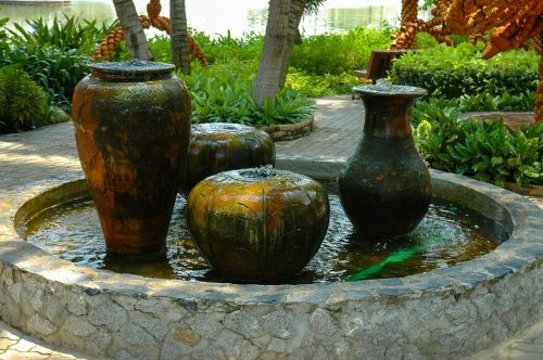vases water fountain