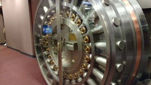 vault vault door bank